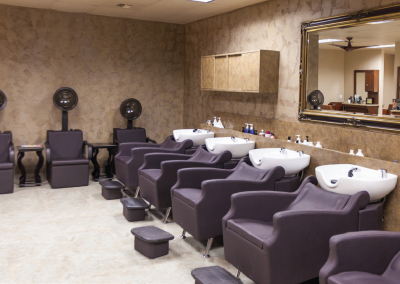 salon chairs and wash basins